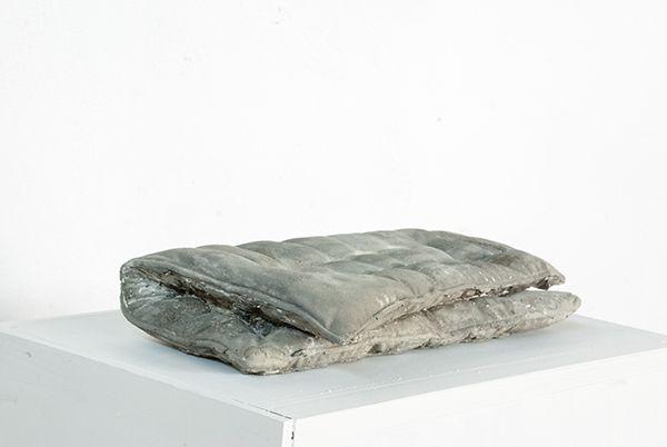 FABIAN BÜRGY concrete pillows