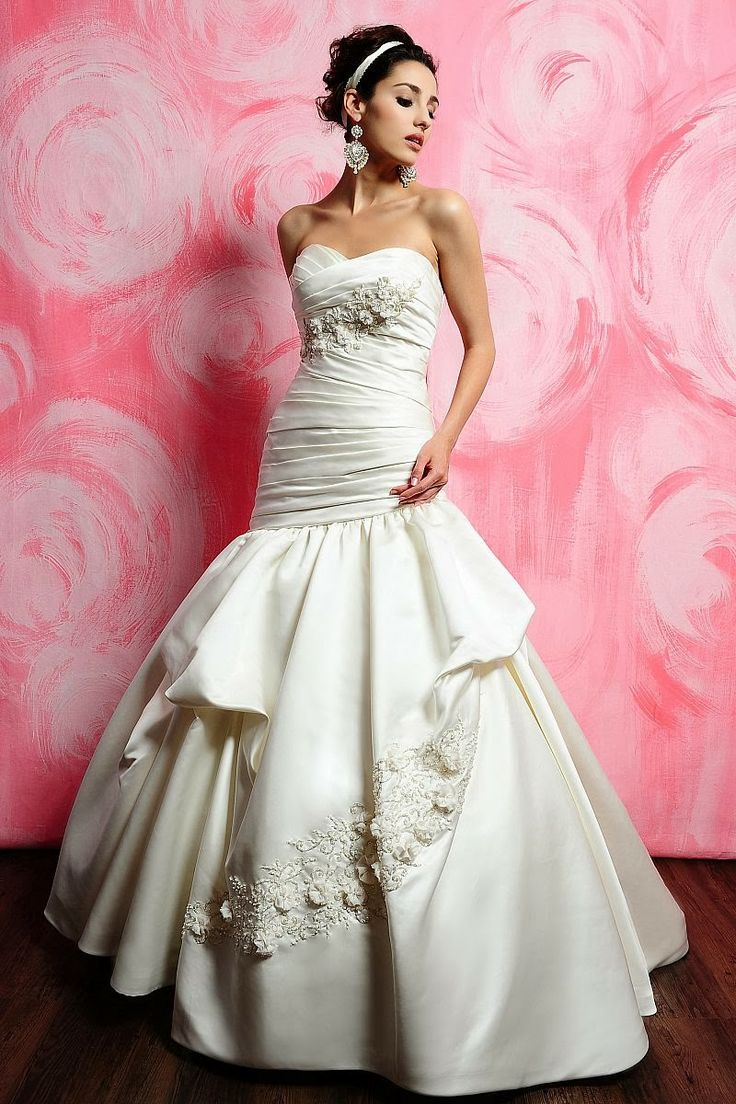 wedding dresses expensive wedding dress Most expensive wedding dresses