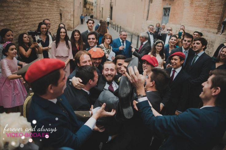 En la primera reunión con los novios le decimos al chico le aconsejamos que se case. Si lo hace, será un hombre feliz. Si no lo hace, será un filósofo. jajaja#mejores #fotos #bodas #cuñados #especiales #inspo #wedding #especiales #marryme #reportaje #original #amarse #diversión