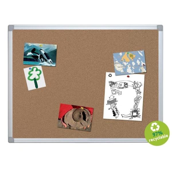 Panou de prezentare din plută, special pentru biroul tău! http://www.dacris.net/comunicare-si-prezentare/panouri/panou-de-pluta-avizier-120x-180-cm-bi-silque