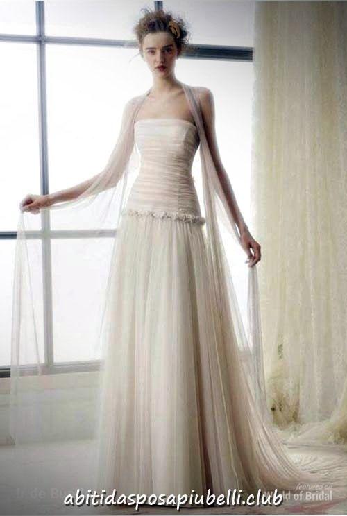 cb5108901273 Raimon Bundo 2018 Abiti da sposa Collezione Ir de Bundo  abiti  bundo   collezione