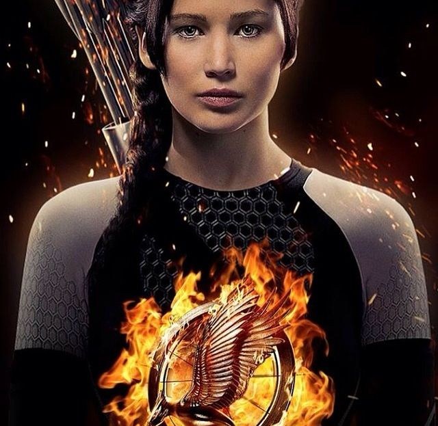 17 best images about katniss everdeen on pinterest katniss everdeen the hunger game and fire. Black Bedroom Furniture Sets. Home Design Ideas