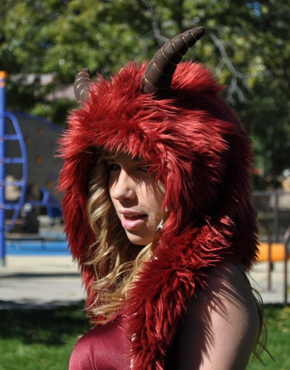 Red Dragon Hood - Spikes & Horns