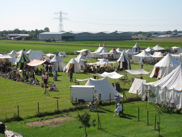 Belegering van Teylingen (september) - Kom naar de ruïne van kasteel Teylingen en maak de middeleeuwen van dichtbij mee! Er vindt een groot Middeleeuws Festijn plaats, waar jong & oud kunnen genieten van onder andere middeleeuwse veldslagen, middeleeuwse ambachten, Kids Battles en nog veel meer.