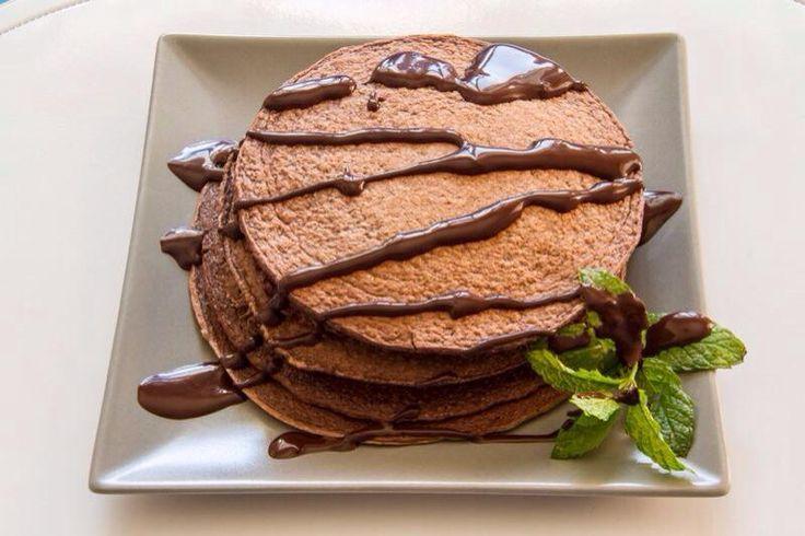 Con chocolate desgrasado 100% natural. Whey protein sabor chocolate. ¿Qué mejor manera de recargar las pilas de energía para empezar el día?