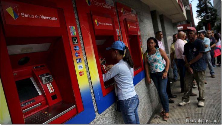Fijarán en 10 mil bolívares el monto mínimo para retiros en cajeros automáticos - http://www.leanoticias.com/2017/08/31/fijaran-en-10-mil-bolivares-el-monto-minimo-para-retiros-en-cajeros/