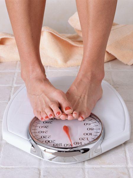Mit dem Rauchen aufhören ist für viele Frauen ein sensibles Thema, weil sie Angst vor einer Gewichtszunahme haben. Leider zeigt die