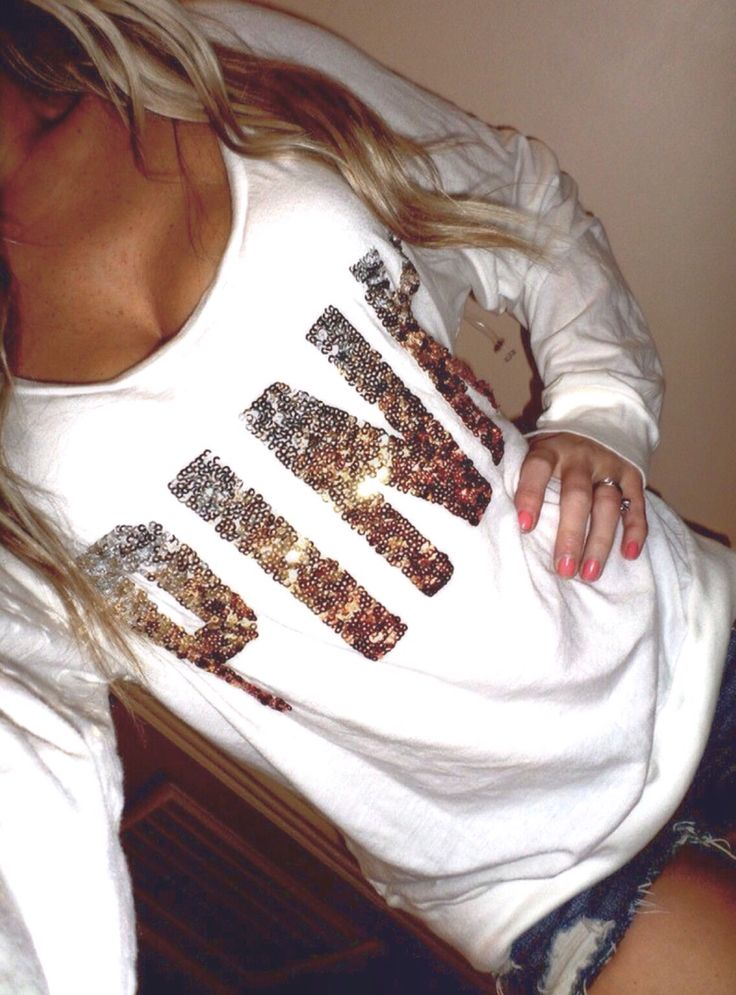 Comfy Outfit - Pink bling hoodie