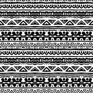 Padrão étnico em preto e branco com listras ornamentais. Textura para web, impressão, papel de parede, decoração, verão outono moda têxtil ou tecido, fundo do site, papel de embrulho.