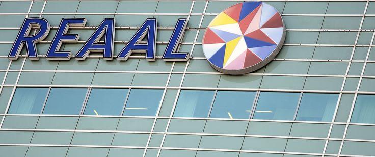 De verzekeringstak van het vroegere SNS Reaal wordt verkocht aan de Chinese verzekeraar Anbang. De Nederlandse staat, momenteel eigenaar van het bedrijf, heeft daar afgelopen weekeinde een akkoord over bereikt. De verkoop levert de schatkist een bedrag van 150 miljoen euro op.