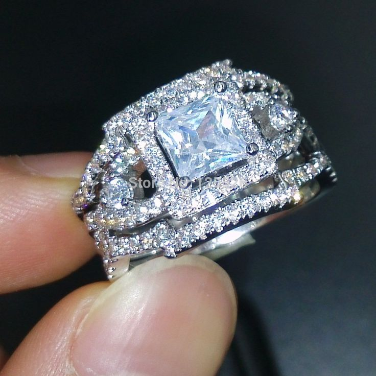 17 best 1000 images about Victoria wieck on Pinterest White gold