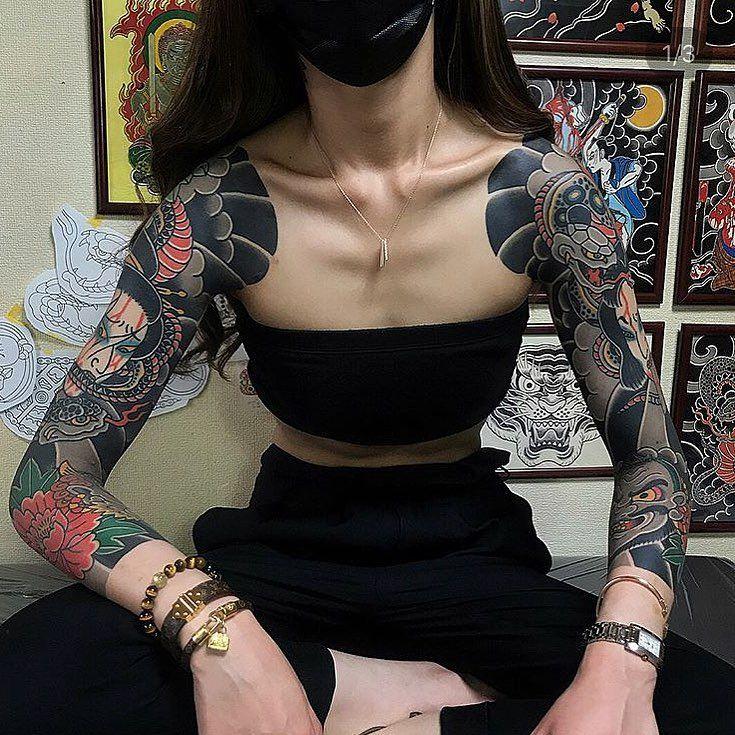 Artwork By Horitaka Tattoo Bestirezumi Artist Bestirezumi Japanese Tattoo Women Japanese Sleeve Tattoos Body Suit Tattoo
