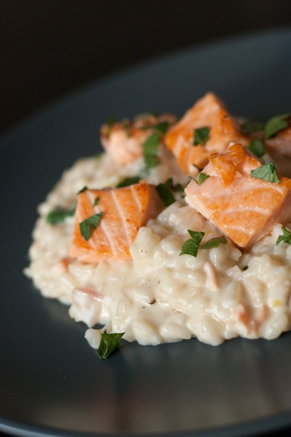 Risotto au saumon citronné.