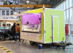 Mobiler Food Truck Hänger für Frozen Yogurt #Food Hänger #FoodTruck #Stuttgart #FrozenYogurt #Froyo #Froyo0711
