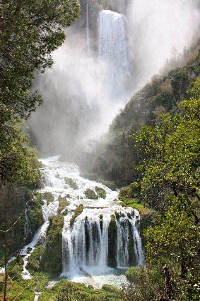 Umbria, Italy Cascate delle Marmore #waterfall #wimco