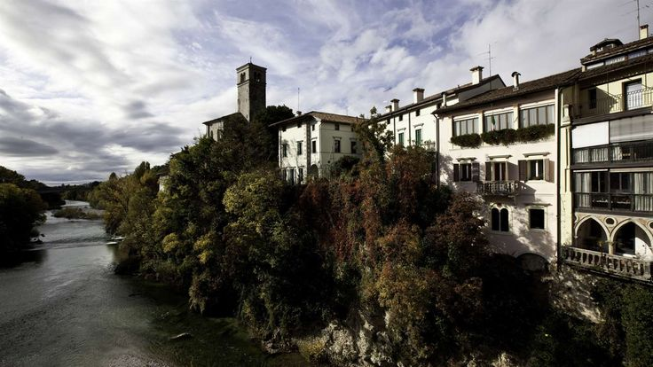 Cividale del Friuli has developed and maintained in the centuries a noble and stern print as one vital capital of strategic importance, marked and enriched by the passage of foreign people: Longobardi and Franchi.