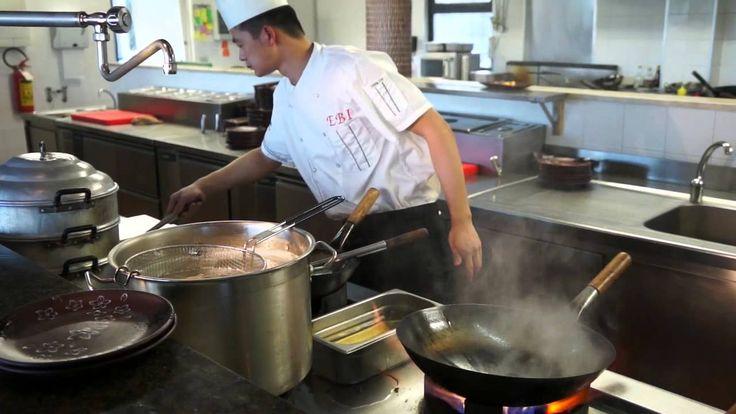 Chinese food!! www.cinaincucina.it! Gamberi con germogli di soia e funghi