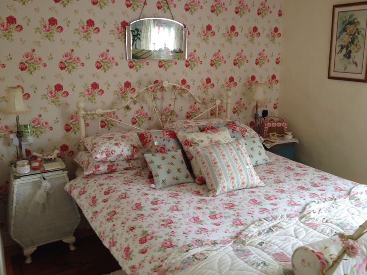 17 best images about cath kidston on pinterest for Cath kidston style bedroom ideas