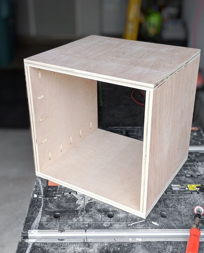 Indoor Cat House Build How To Build A Stylish Cat House Cat Houses Indoor Cat House Diy Modern Cat Furniture
