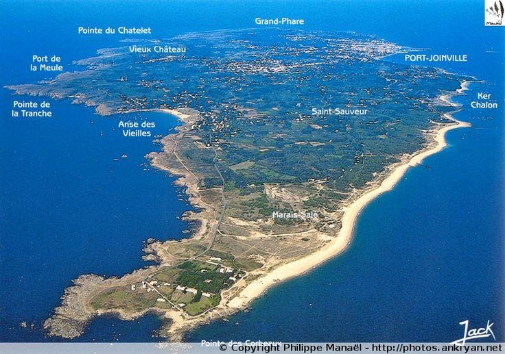 Carte de l'île d'Yeu (Pays de la Loire / Vendée). Commune insulaire de l'une des 15 îles du Ponant à parcourir à pied ou en vélo