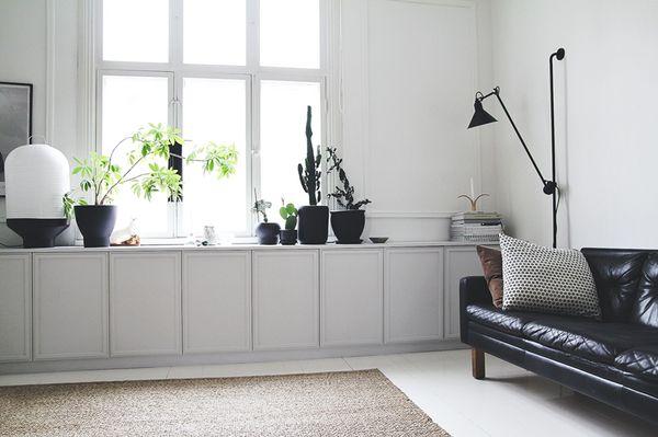 DIY: Platsbyggd möbel av IKEA's kökskåp + inspirerande blogg