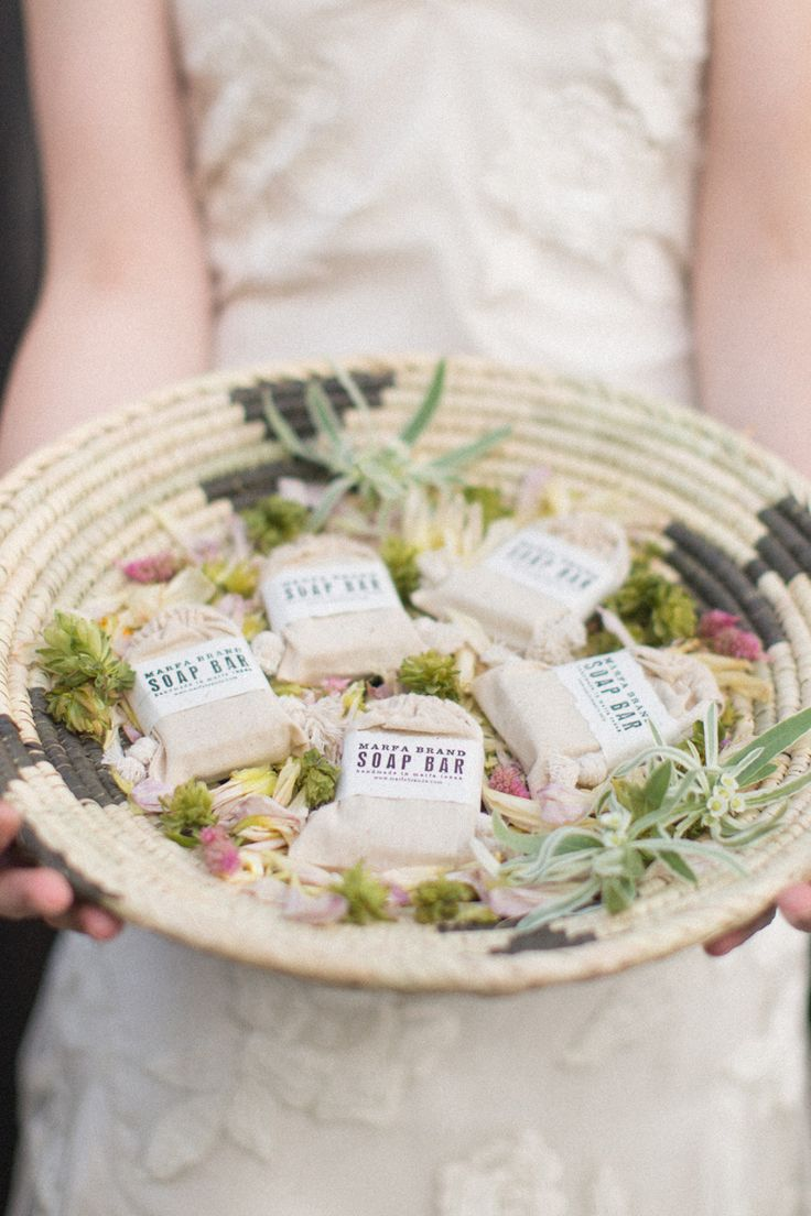 56 best Wedding or Party Favors images on Pinterest | Favors ...