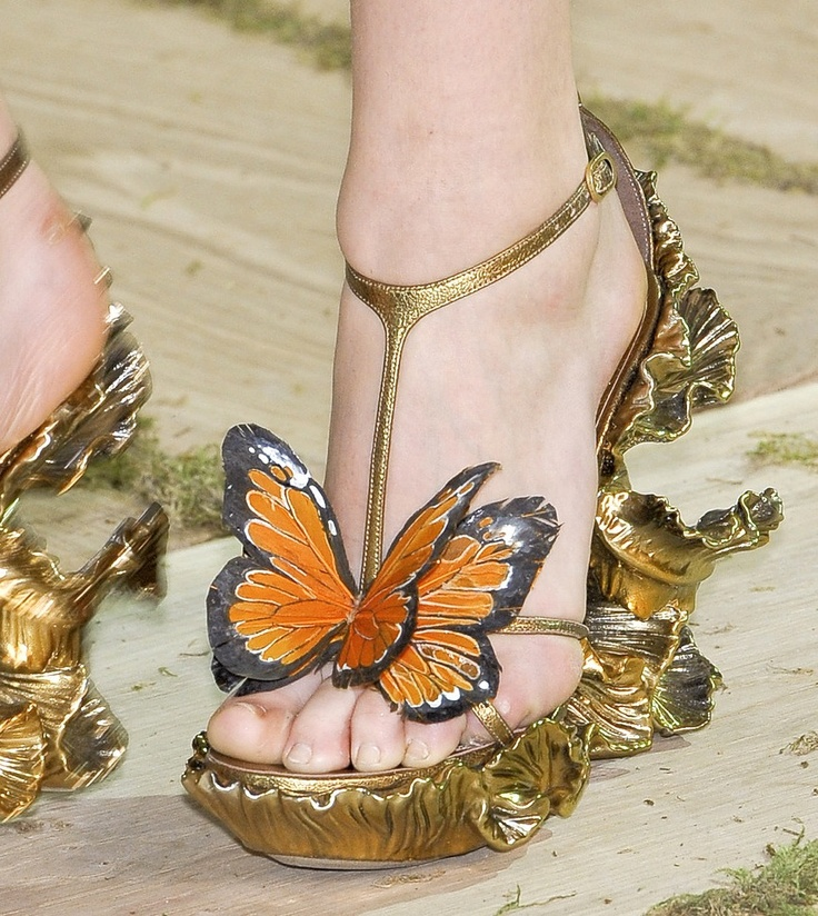 Amazing Alexander McQueen Spring 2011 gold butterfly sandals @mcqueenworld