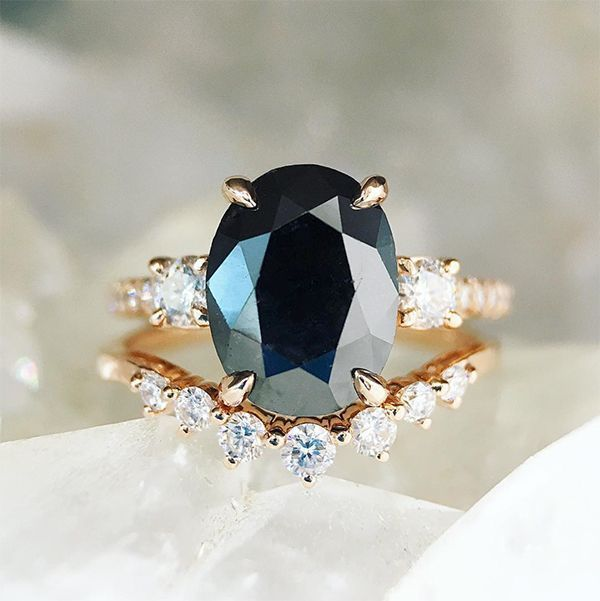 22 Engagement Rings to Make You Say YES! #engagementrings #proposal #gettingengaged #UniqueEngagementRings