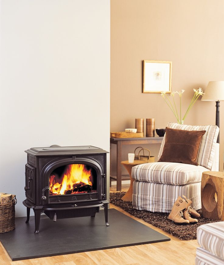 The Jotul F 500 SE Oslo is an innovative model with a spectacular fire  viewing window. Wood Stove HearthWood ... - 127 Best Images About Cast Iron Woodburning Stoves On Pinterest