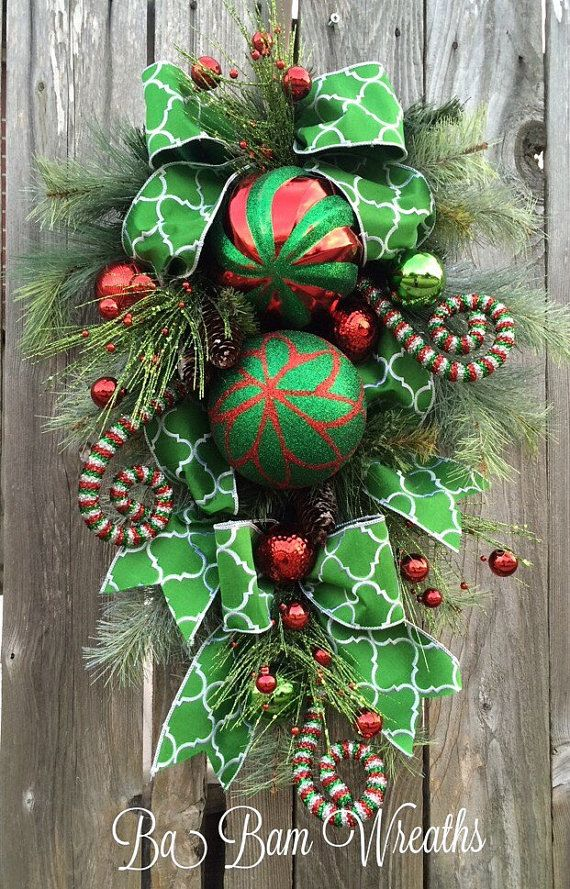 403 best christmas garlands and wreaths images on for Christmas swags and garlands to make