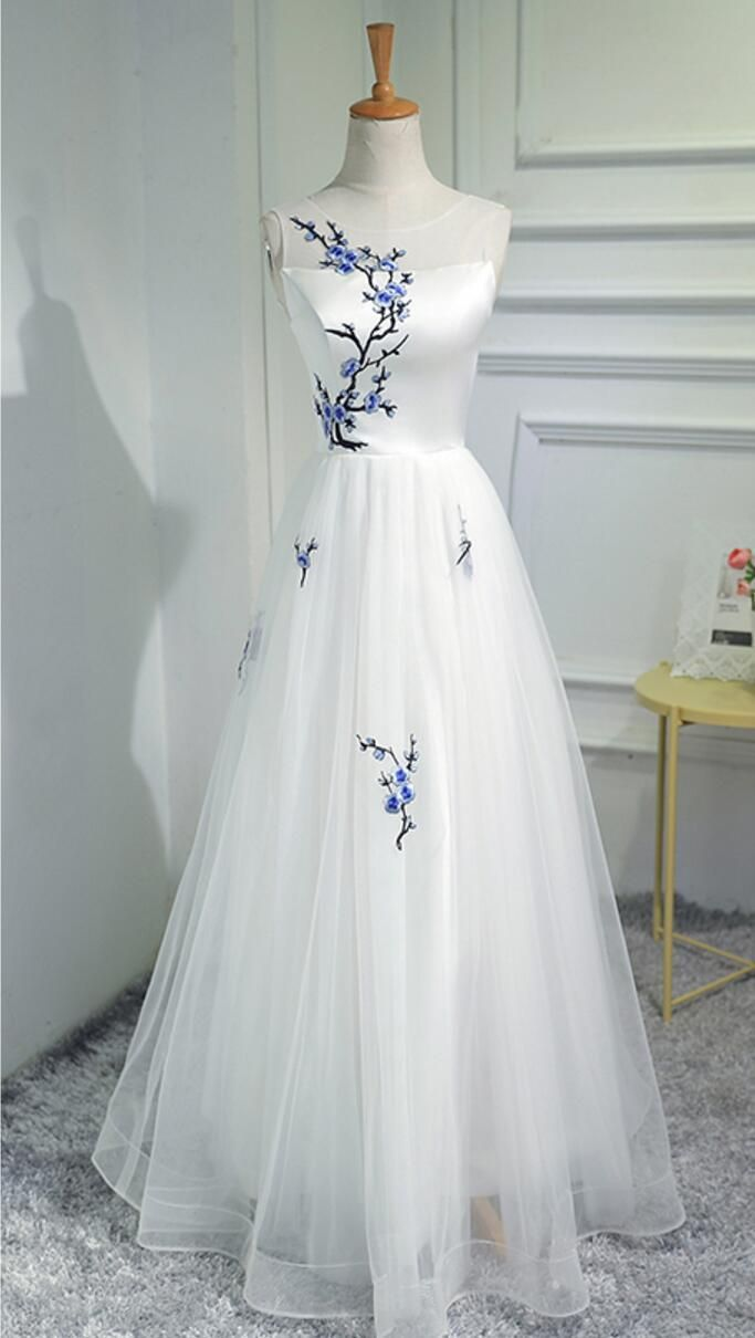 Simple elegant women fashion white embroidery long evening prom
