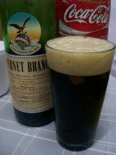 Fernet y Cola ... bebida emblemática de Córdoba, ya muy extendida por todos lados ...