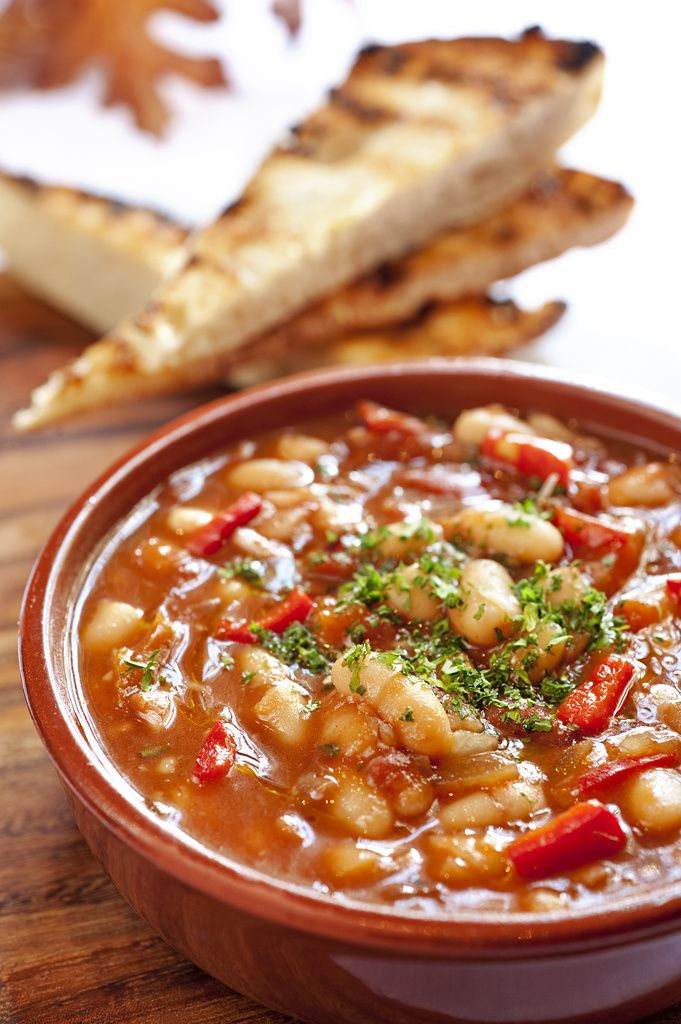 Home-made Baked Beans By Michelle Campbell #safood #beerenberg