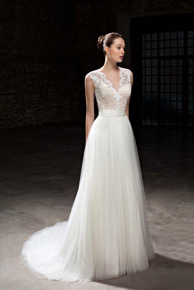 Trouwjurk Cosmobella 7840 Maak nu een afspraak bij Weddings bruidsmode.