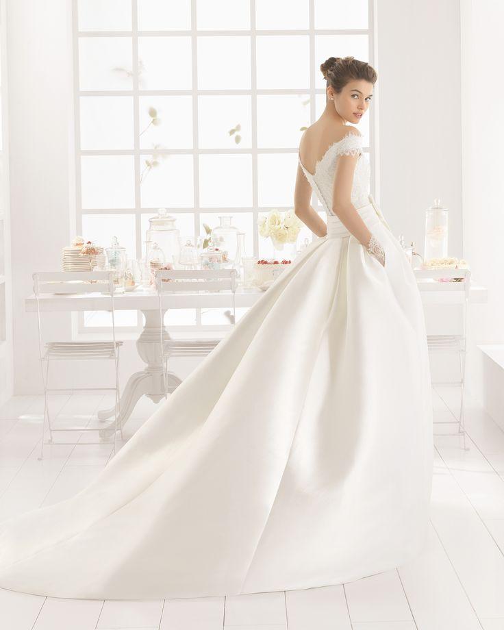 MENTA vestido de novia  y sobrefalda en mikado encaje y pedreria.