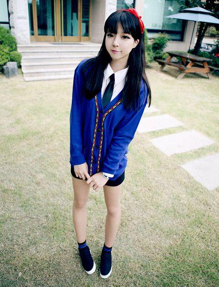 Korean girl's shool uniform:)