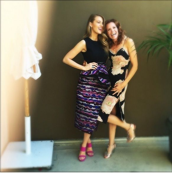 Blake Lively's Instagram Pic With Her Sister Robyn Shows Flawless Hair Runs In The FamilyBlake Lively Sister