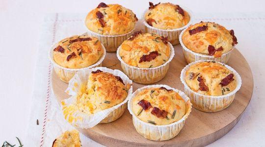 Muffins mimolette et bacon grillé