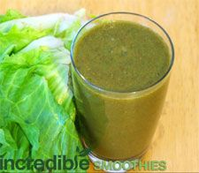 Pear-Cantaloupe Green Smoothie Recipe with Strawberry and Escarole  1 pear, cored  2 cups cantaloupe  1 small head escarole lettuce  1 medium carrot, chopped  1 cup whole strawberries (fresh or frozen)  8 ounces of filtered water