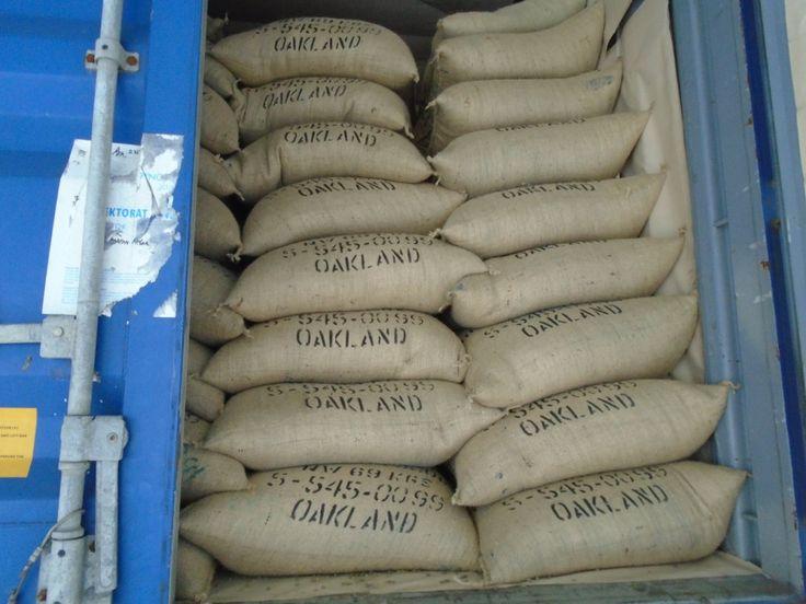 Desaparecen sacos de café que viajaban en tráiler hacia Limón