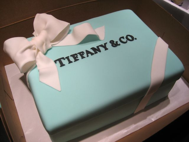 tiffany box cake bridal shower :)...@Skyler Dawes @Teresa Anguiano @Jennifer Jordan