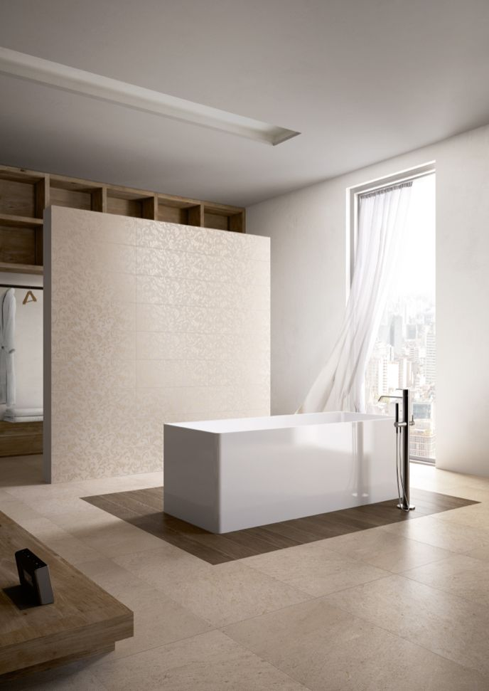 Edilcuoghi Sandstone / Edilcuoghi Shard. FLOOR_Sandstone GY305 50x100_Natural Oak BG119 15x90 WALL_Shard GY305 decoro Ramage 25x75 R #washbasin #bathroom #awning #white #beige #gres #edilcuoghi #tile #decor #vintage #contemporary #zen