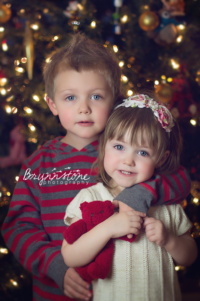Sibling Holiday Photography | Merry Christmas #Christmas #Holiday #Photo #Toddler
