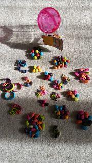 Speciális Juttatás és Fejlesztés: Pattintós gyöngyök- ékszerkészítő játék gyerekekne...