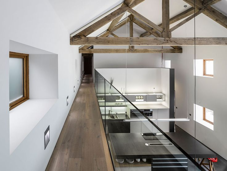 Some great inspiration on how to mix the old with the new! The sleek appliances and sharp layout transform this old barn into a thoroughly modern home, whilst the exposed wood allows the building's natural character to shine through. Havwoods Oak Fendi engineered timber flooring from our Venture Plank range, compliments the existing exposed timber beautifully.