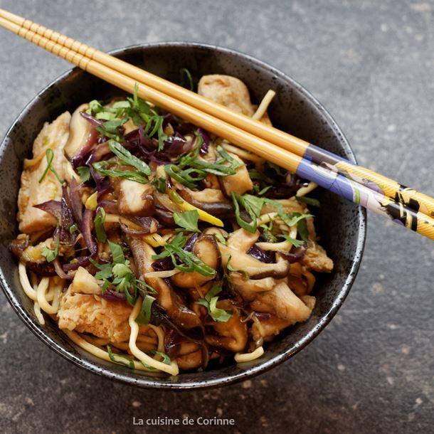 Wok de poulet aux nouilles chinoises