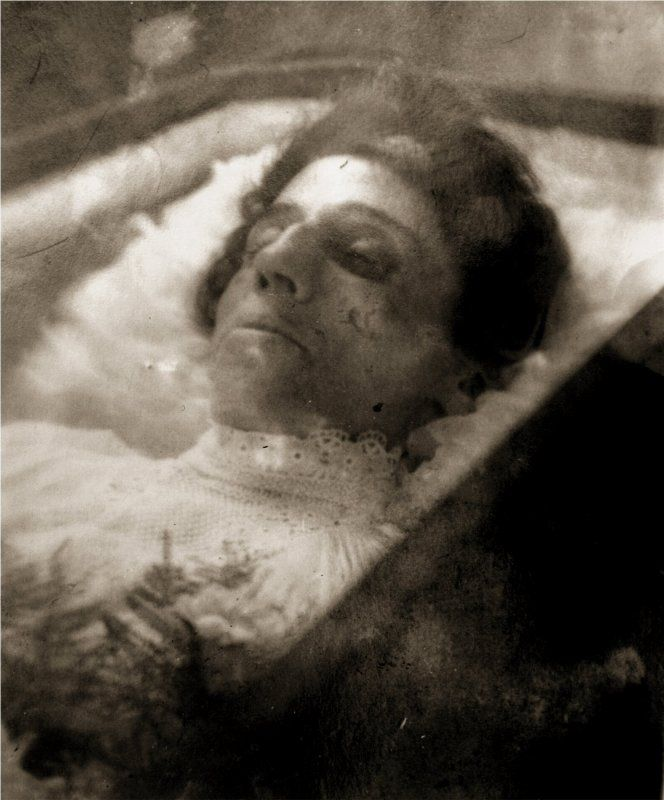 20 best images about Dead body on Pinterest | Asian woman ...