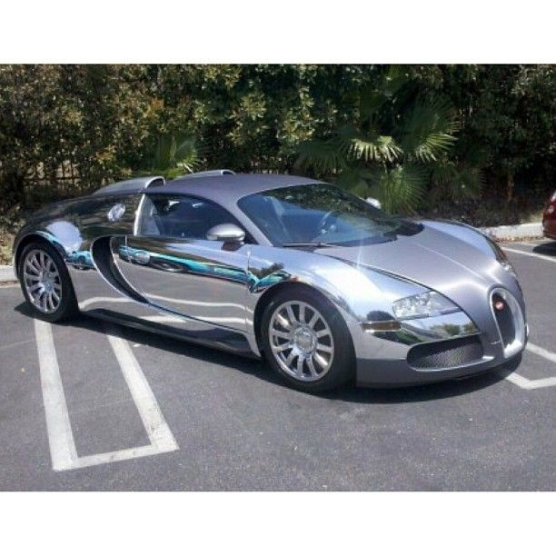 Sweet Chrome Bugatti Veyron. Beautiful but someone else can keep it polished for me!