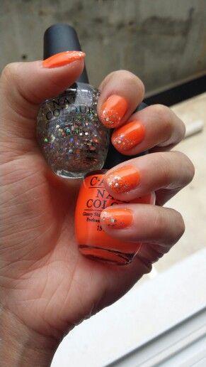 Nailpolish art, Holiday nails!