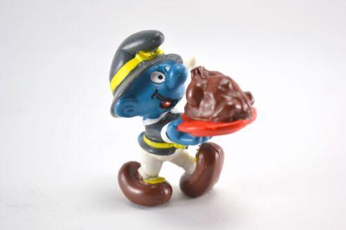 Vintage 1984 Peyo Thanksgiving Smurf Figurine 20177 ##peyo #smurf #smurfs #thesmurfs #gargamel #azrael #figurine #actionfigure #actionfigures #vintage #toys #retro #retrotoys #vintagetoys #1980s #1970s #Schlümpfe